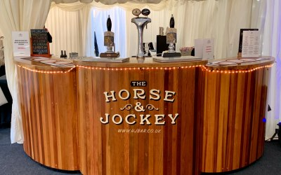 The Horse & Jockey Mobile Bar 8