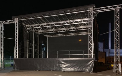 7 x 6 Trailer Stage with Wings