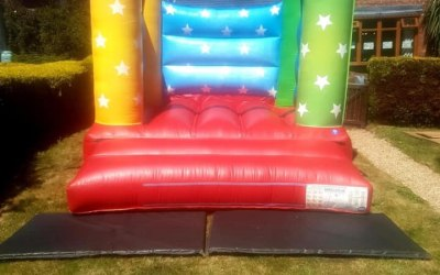 Garden bouncy castle hires Durham