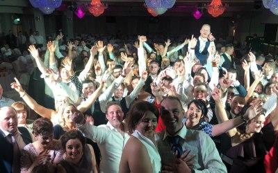 Infinity Wedding Band & Disco 3
